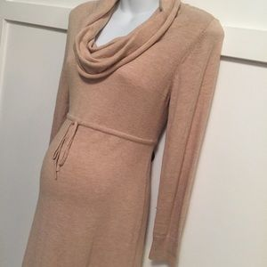 Maternity sweater dress size medium